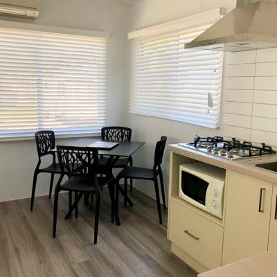 BIG4 Wagga Ensuite Cabin 900px Sept 2019 12