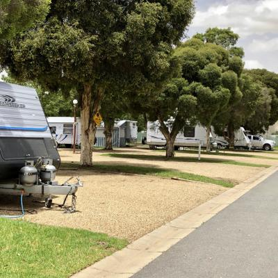 BIG4 Wagga Wagga Powered Caravan Site 900px Dec 18 1